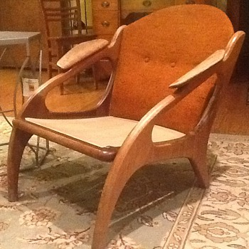 Help!  Rescued this pair of teak chairs.....