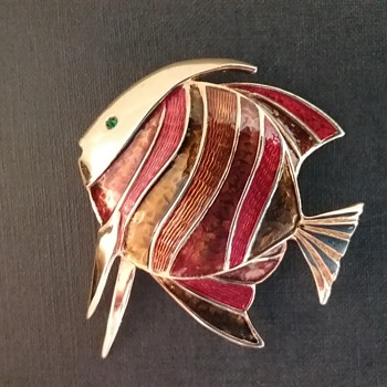 Boucher fish brooch  - Costume Jewelry
