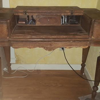 Vintage desk - Furniture