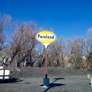 Paraland Gas Sign - Signs
