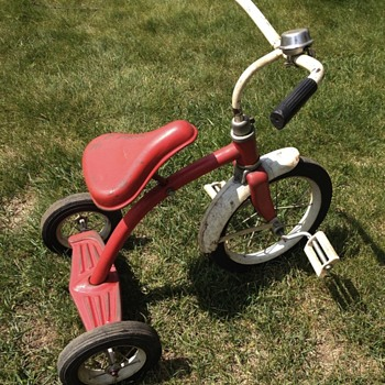 Need info on this trike! - Toys