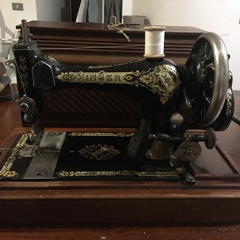 I would like my singer sewing machine from 1906 to work :) - Sewing