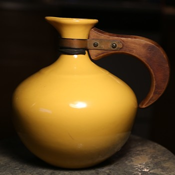 Bright Yellow Bauer Carafe - 1930s California Colorware - Pottery