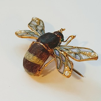 Old brass bumblebee brooch (Meyle and Mayer???) kyratised. - Animals