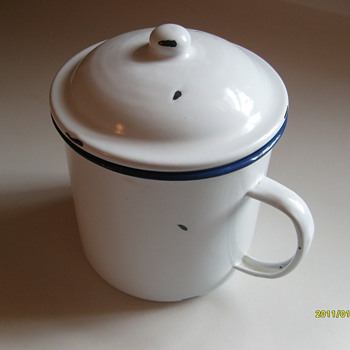 Porcelain Cup (with lid) - Kitchen