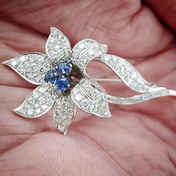 Diamond & Sapphire Flower Brooch - Fine Jewelry
