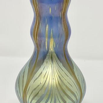 Loetz Phänomen Genre vase, Blauopal Verlaufend, PN II-2/219, ca. 1902 - Art Glass
