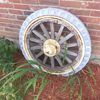 Old Firestone Wheel! Any idea on what this came off of? Period? Thanks! - Advertising