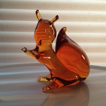 Pilgrim Glass amber squirrel - Animals