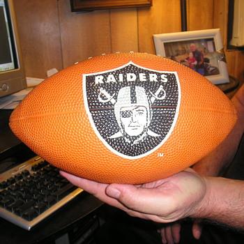 76 Raiders football - Football
