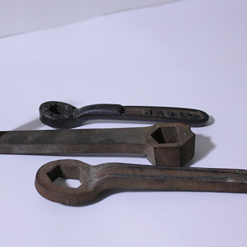 3 Antique Tools Need Help Identifying