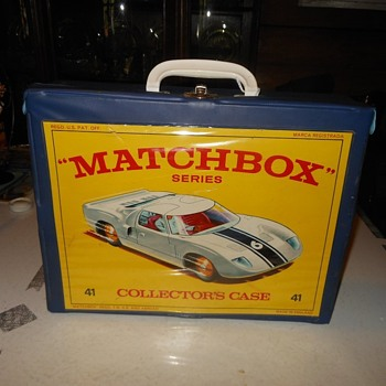 Matchbox Monday Carrying On With a Carry Case With Cars - Model Cars