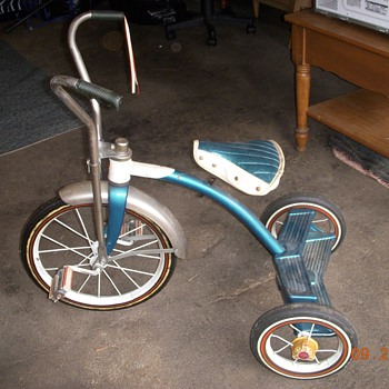 Antique tricycle - Sporting Goods