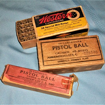 WWII AMMO - Military and Wartime