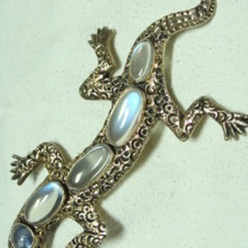 Vintage Moonstone and Natural Sapphire Lizard Brooch