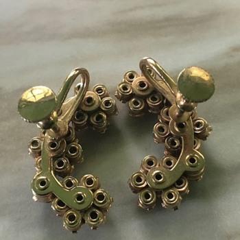 flower twist back earrings - Costume Jewelry