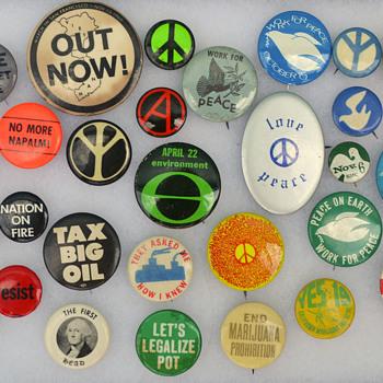 1960s-70s cause buttons - Politics