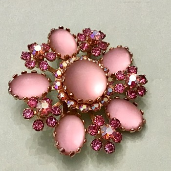 Kramer brooch - Costume Jewelry