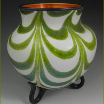 Art Glass Vase, Imperial Glass Company, Bellaire, Ohio 1923-24 - Art Glass
