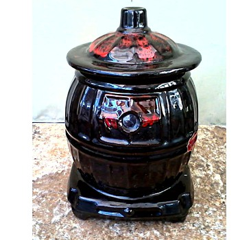 "Royal Canadian Art Pottery.....eh or Is it Really a McCoy /""Pot Belly Stove"" Cookie Jar/Circa 1960's-70's - Pottery"