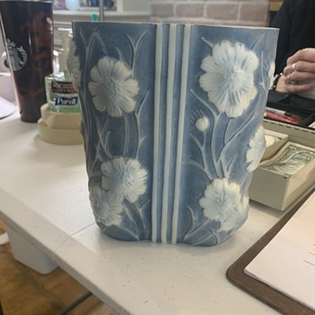 Vase no markings - Pottery