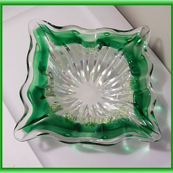 ART GLASS  ( Ashtray ) -- ? Murano ? - Art Glass