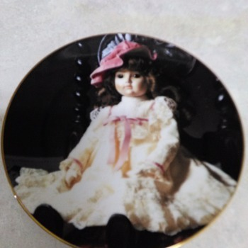 GORHAM PORCELAIN DOLL PLATE - China and Dinnerware