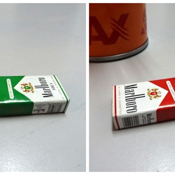 Matching NoS Marlboro keyrings - Advertising