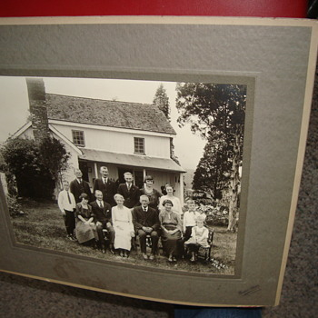 The 1920 family Re-union at Gettysburg.  - Photographs
