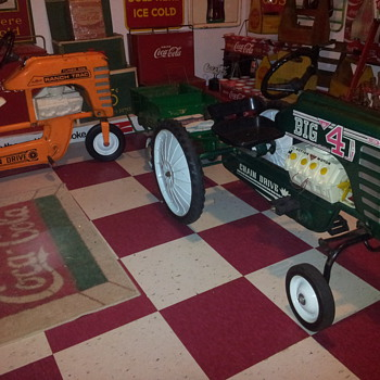 AMF Big 4 Pedal Tractor  - Toys