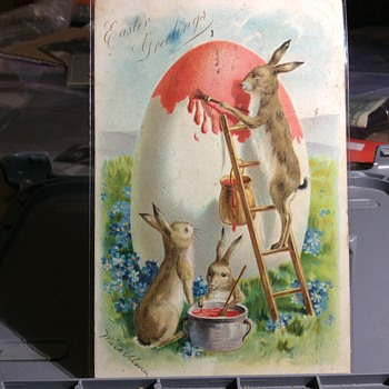 Paint-ted egg, almost ! - Postcards
