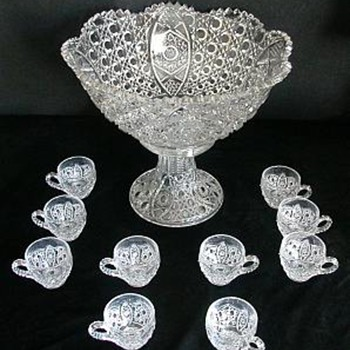 Daisy & Button Punch Bowl