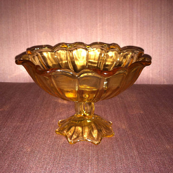 Gold candy dish - Glassware