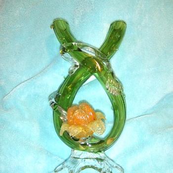 Kralik tube vase with flower - Art Glass