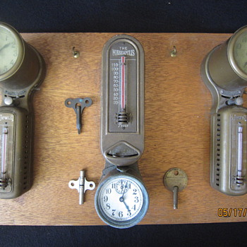 Patented 1907 to 1918 The Minneapolis Honeywell Jewell Brass Automatic Heat Regulator Art Deco Clock Thermostats With Keys - Tools and Hardware
