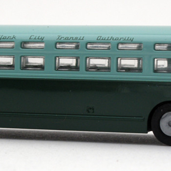 Model of mid-1950s New York City Transit Authority Bus - Model Cars