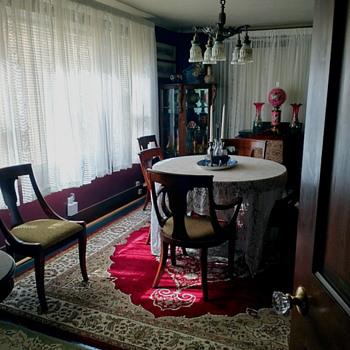 "Dining In Style ! /Vintage Drexel ""Heritage"" Set/ Half Round Oak Curio / Piano Desk - Furniture"