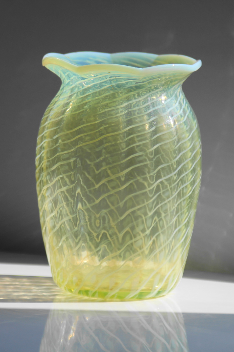 John walsh walsh vaseline glass vase collectors weekly reviewsmspy