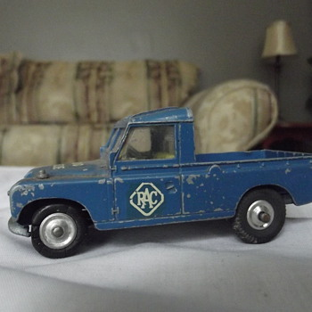 Truck...Radio Rescue...corgi toys - Model Cars