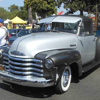 More from the 2017 Route 66 Cruisin' Reunion - Classic Cars