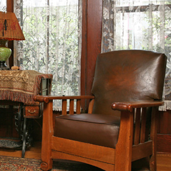 Grampa's Craftsman Lounger - Furniture