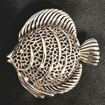 Large Sterling Silver Tropical Fish Jewelry Filigree Pin - Fine Jewelry