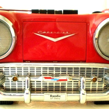 1980's± Randix '57 Chevy AM/FM-Cassette Portable Radio