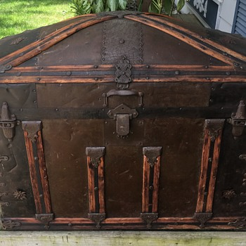Another F. Eggeman & CO. trunk late 1880's - Furniture