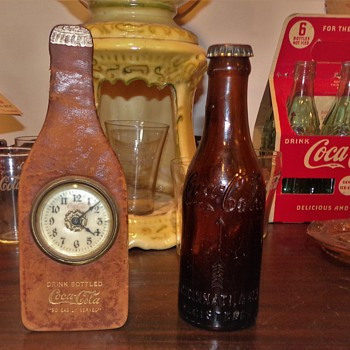 Early Coca-Cola Desk Clock - Clocks