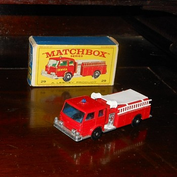 Monitoring Matchbox Monday MB 29 American LaFrance Fire Pumper Truck - Firefighting