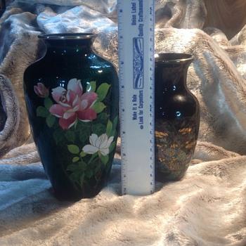 Vases help identify
