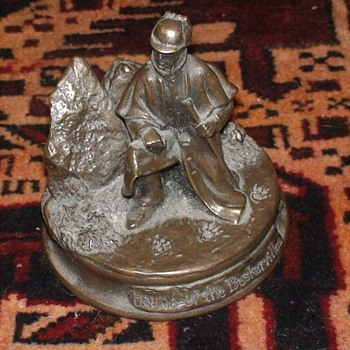 Hound Of The Baskervilles Figurine - Figurines