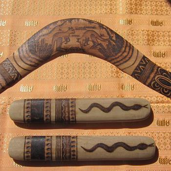 Boomerang & Clapper sticks - Folk Art