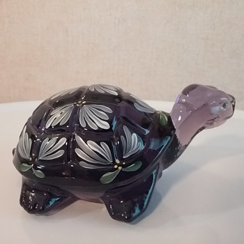 Fenton Glass turtle  - Animals